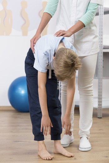 Parent information about scoliosis screening